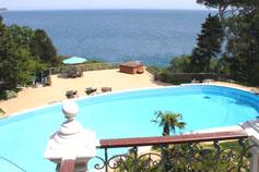 VIP вилла в Алупке на закрытой охраняемой территории с собственным пляжем и парком