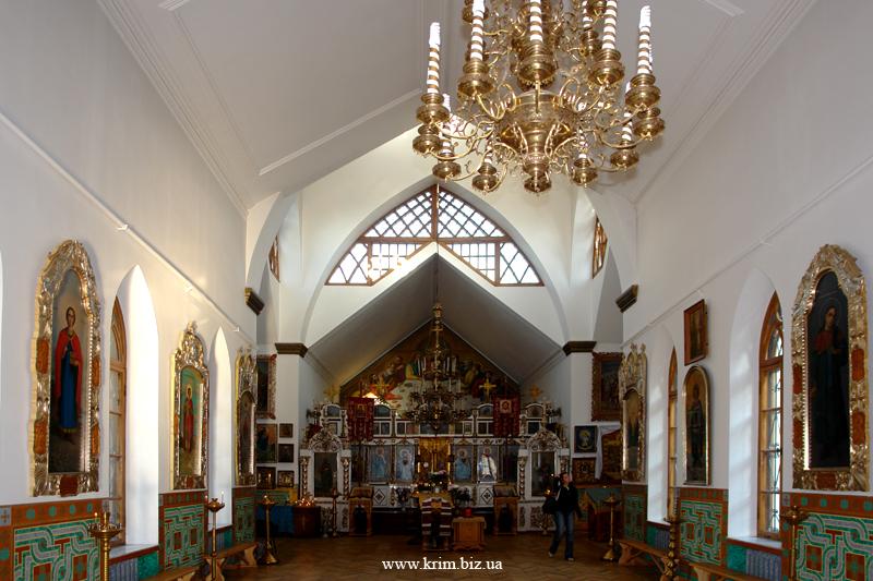 Алушта. Алтарь церкви Феодора Стратилата