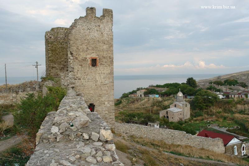 Феодосия. Генуэзская крепость. Башня Климента VI