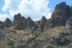 Карадаг - стена Лагорио и Золотые Ворота