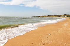 Азовское море. Поселок Золотое. Пляж