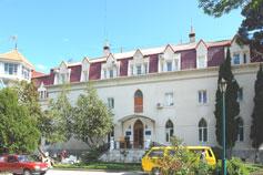 Гостиница Дача Нарышкиных (ЛОЦ Нижний Мисхор, корпус 1)