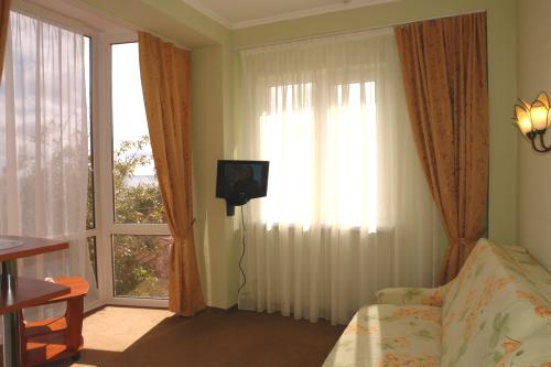 Гостиница Родос в Мисхоре. Стандартный однокомнатный номер
