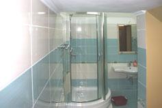 Отель Аквамарин в поселке Отрадное (Ялта)