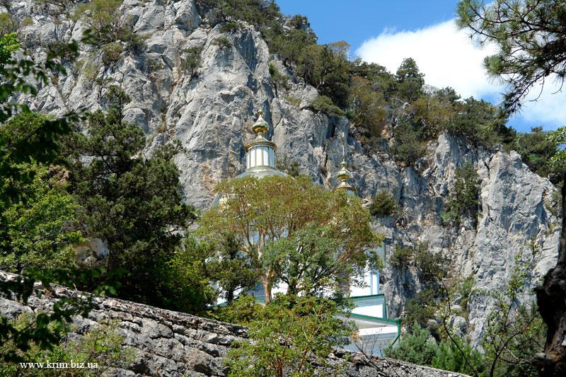 Церковь у скал Ореанды