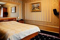 Гостиница Украина в Симферополе. VIP Полулюкс