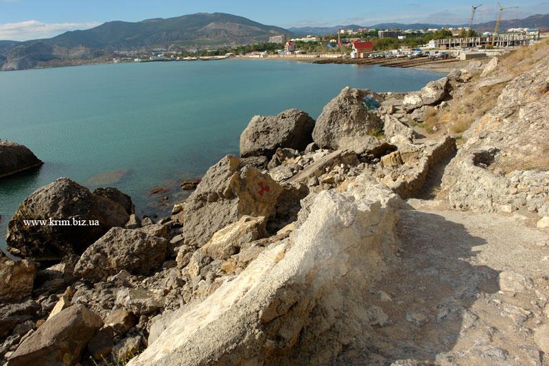 Алчак-Кая. Вид на Судакскую бухту