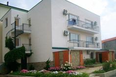 Гостиница, отель Лоза в Судаке