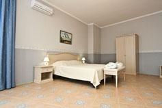 Гостиница отель Спарта в Ялте. Номер Стандарт улучшенный