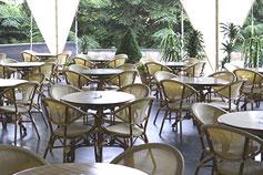 Гостиница Ялта Интурист в Ялте. Летняя терраса