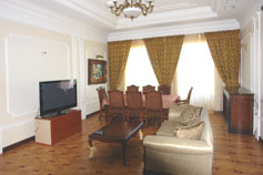 Гостиница отель Марино на набережной Ялты. Пятикомнатный Апартамент Бриз